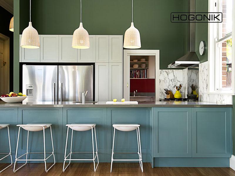 دکوراسیون آشپزخانه با رنگ آبی، سبز، سفید